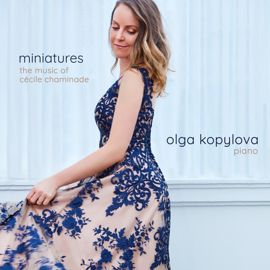 Capa Miniatures Olga Kopylova